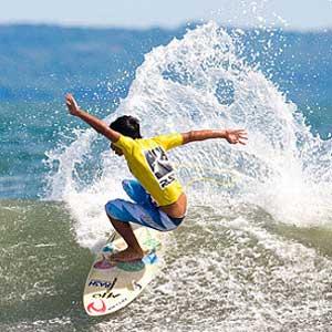 pererenan-surfing