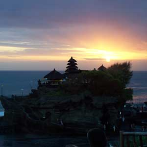 tanah-lot-sunset-view